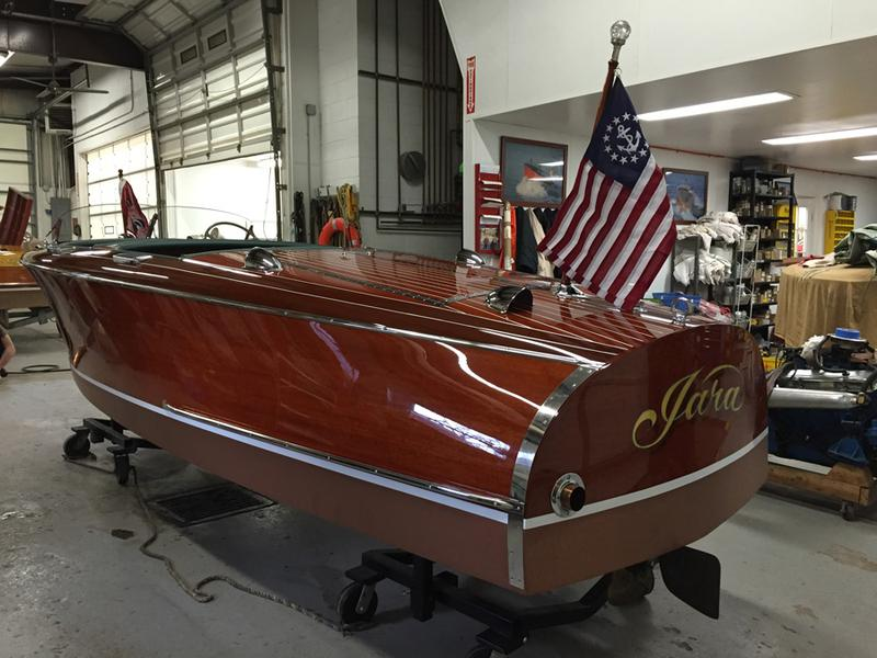 1942 17 39 chris craft barrelback for Chris craft boat restoration