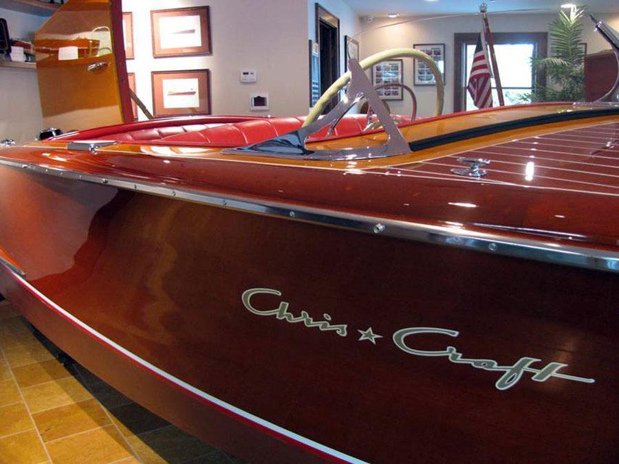 1953 18 Chris Craft Riviera