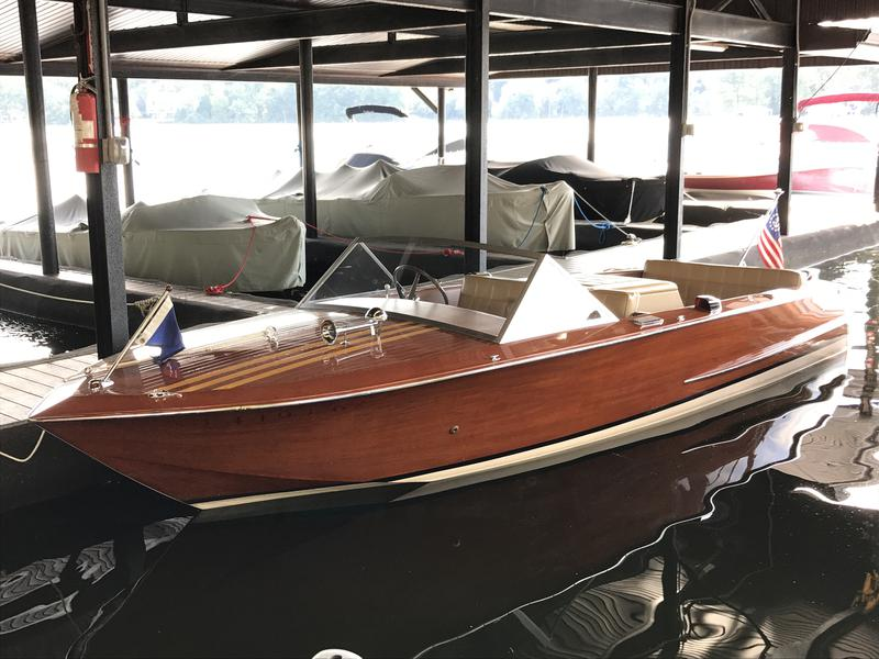 1968 20' Chris Craft Grand Prix powered by Chris Craft 327, 8 Cylinder